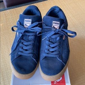 PUMA Smash V2 Suede Sneakers in Navy